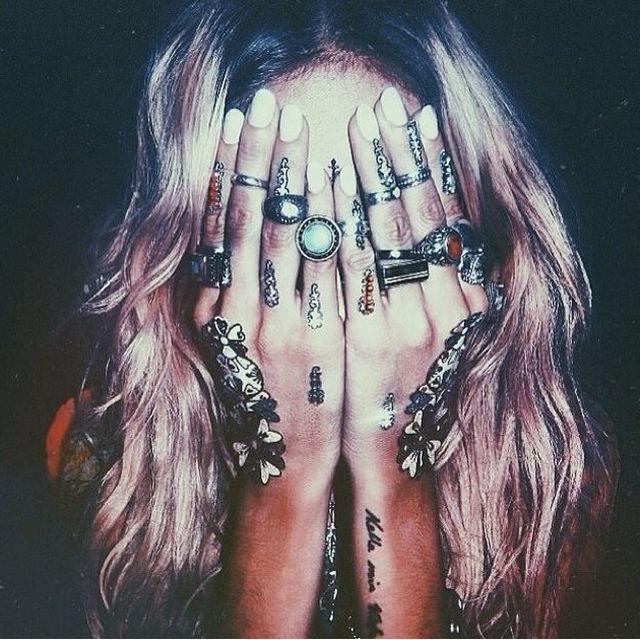 image: RINGS EVERYWHERE by julieta_sin_romeo