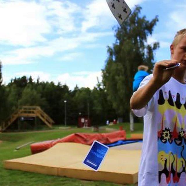 video: Sakarias Majander - The BANGER by bass