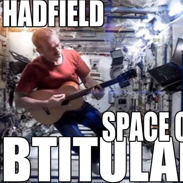 """video: Chris Hadfield - """"Space Oddity"""" de David Bowie by tatiana"""
