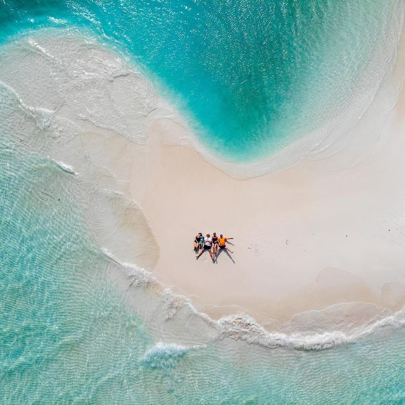 image: Hanging out in the Maldives 🇲🇻 by michaelflarup