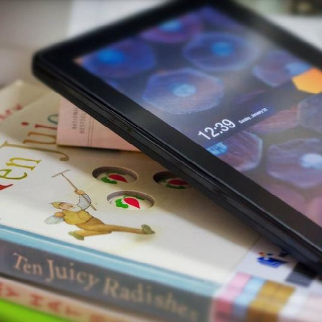post: 5 Startups improving E-Book reading experience by james-the-creator