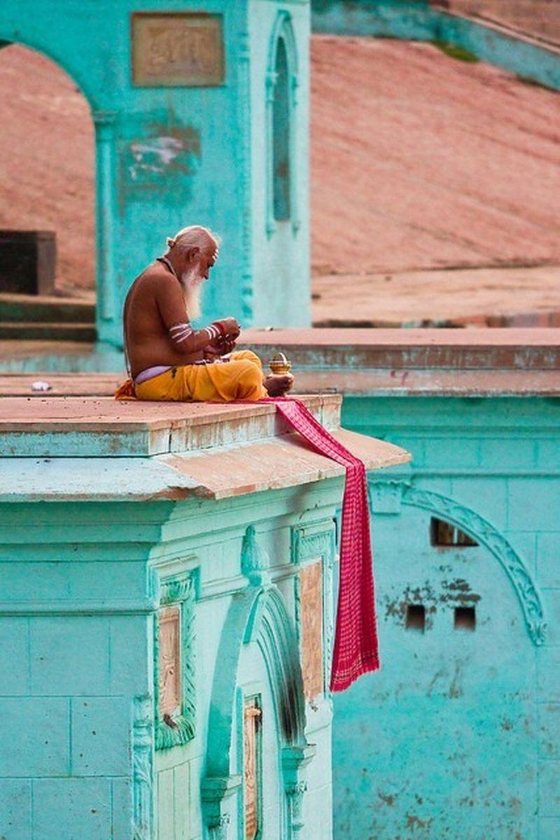 image: Yogi Varanasi by monsieur-traveler