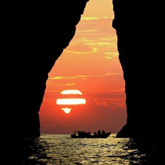 image: AMAZING SUNSET by karmensia