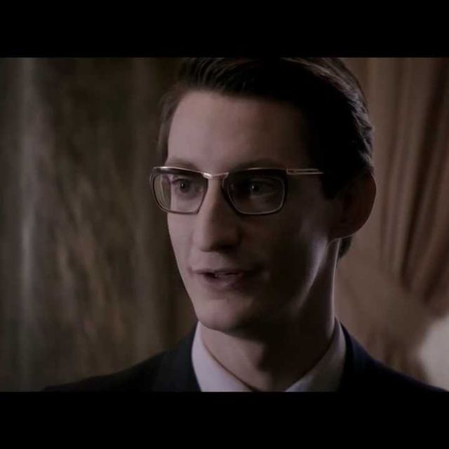 video: YVES SAINT LAURENT by artnau