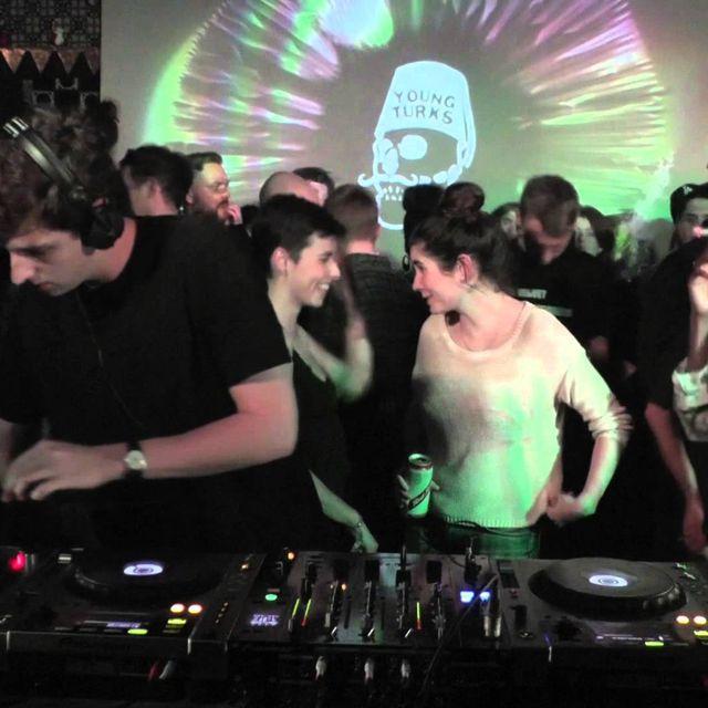 video: Jamie xx 55 min Boiler Room Mix by herbert-nitsch