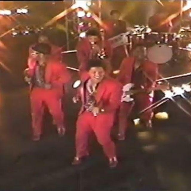video: Bruno Mars - Treasure [Official Music Video] by sebastian-l-severiche