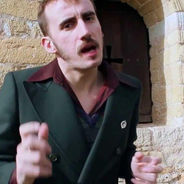 "video: ""Limónov, desde Asturias al infierno"" [Videoclip] by discoshumeantes"
