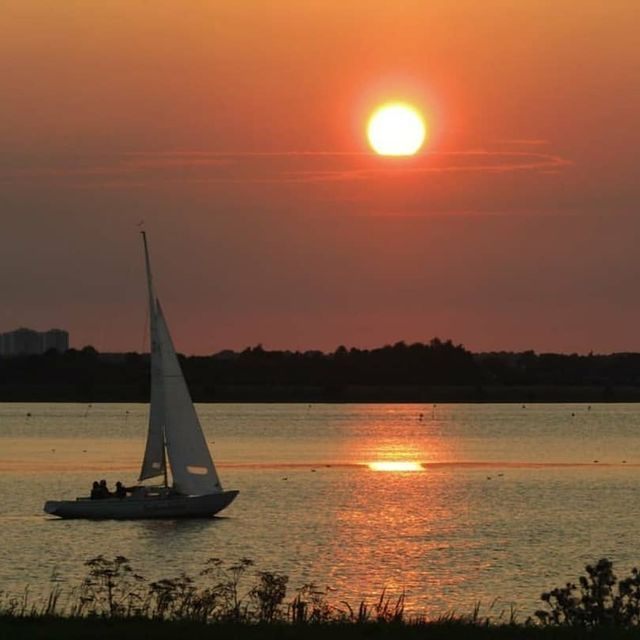 image: ®...⠀A SUNSET PHOTO BY | @2days_natureS E L E C T E D | @choi0811M E M B E R | @hubdirectory⠀F A M I L Y H U B | @greatshots_world_communityT A G U S | #sunset_greatshotsF O L L O W S U S | @sunset_greatshots... by sunsetsuperstar