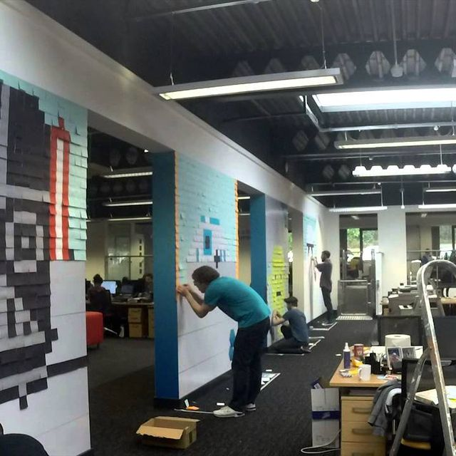 video: 3,579 Post-It Notes by techmeout