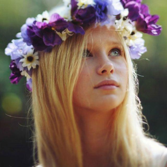image: FLORES EN EL PELO -Flowers Crowns- by estherasensio