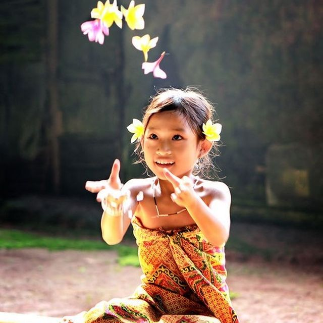 image: Indonesian Girl by estherasensio