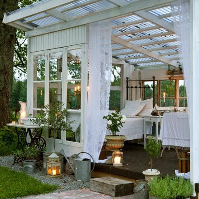 image: Greenhouse home by froggy