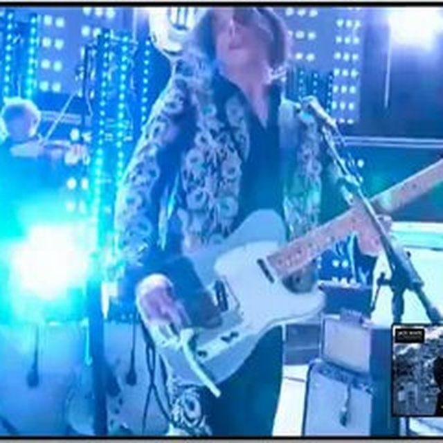 video: Jack White Grammy Awards 2013 (2) - by fideldelgado