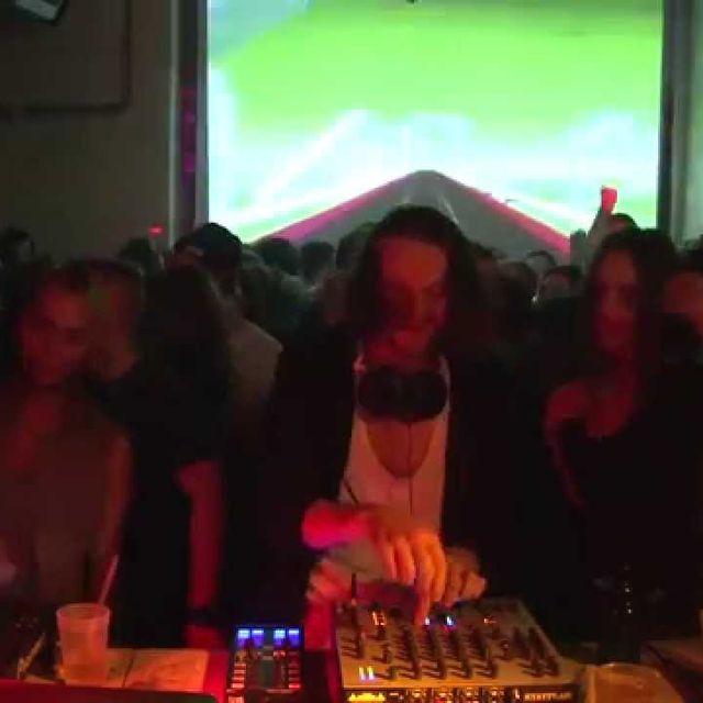 video: Apparat 60 min Boiler Room Berlin DJ Set by herbert-nitsch