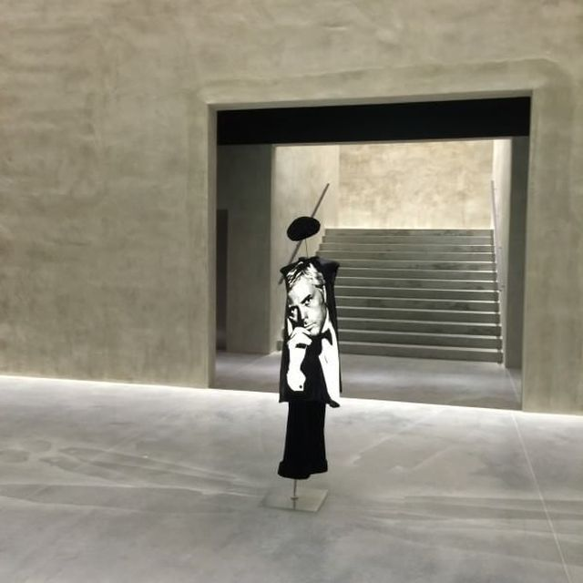image: ARMANI / SILOS by bereference