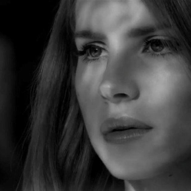 video: Lana Del Rey - Blue Jeans by avkat