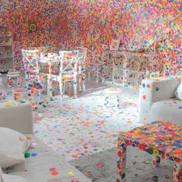 video: Kusama's Obliteration Room by donmanue