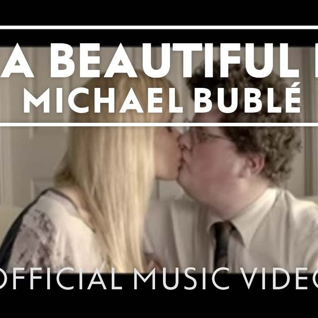 video: Michael Bublé - It's A Beautiful Day by taylorluvu
