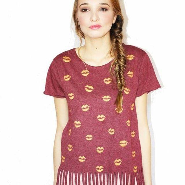 image: Kisses tshirt by fashioniskillingme