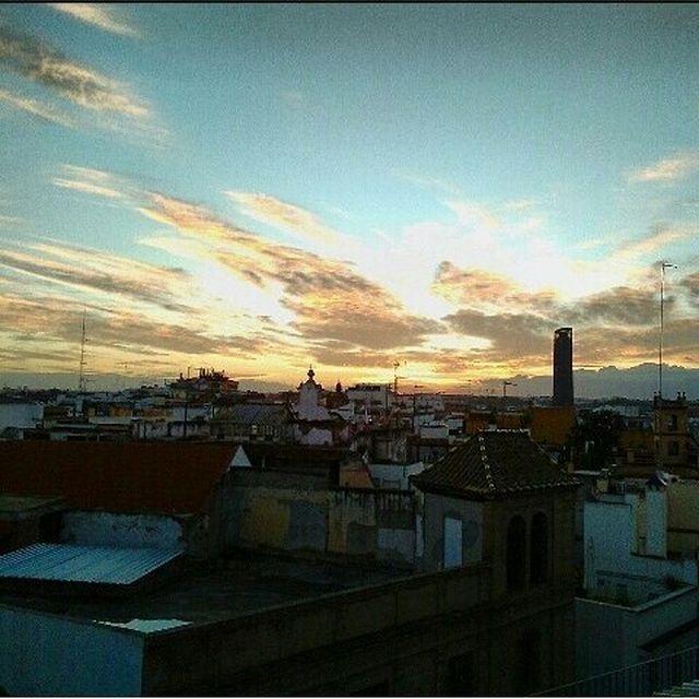 image: Tejados. by albagaru