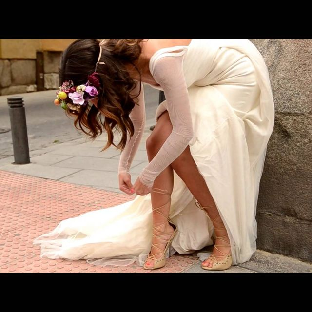 video: MAKING OF WEDDING EDITORIAL by peeptoes