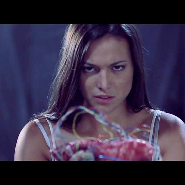 video: IZAL - Tu continente by annable