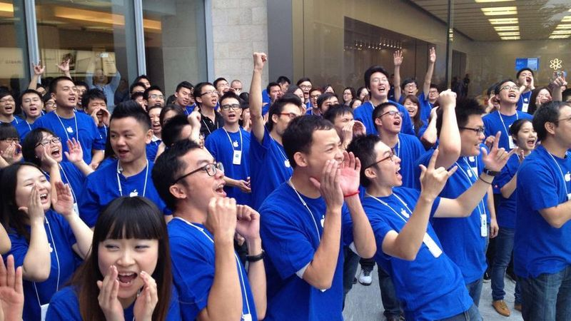 image: iPhone 5 sells 2 million on first weekend in China by james-the-creator
