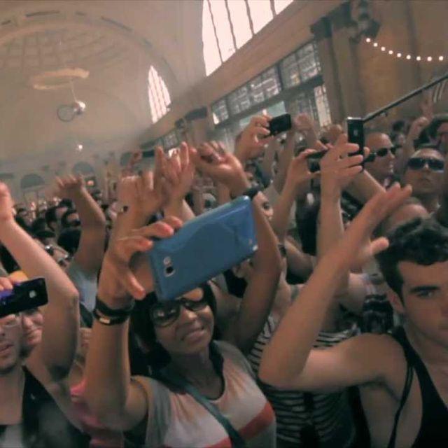 video: LUCIANO'S VAGABUNDOS by xlrmusic