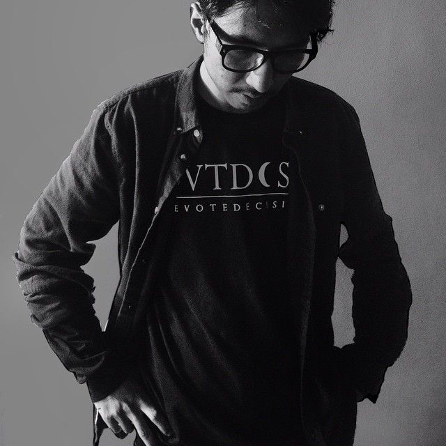 image: long sleeve t-shirt by @devotedecision , support by elfan_diary