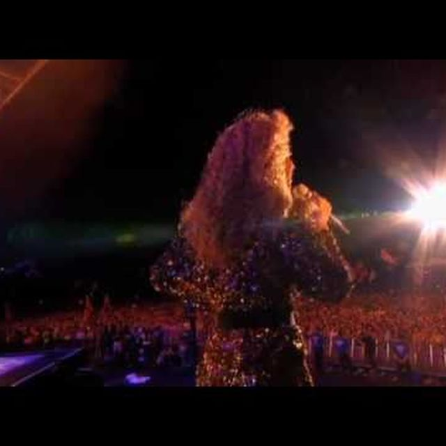 video: Beyonce live at Glastonbury - Irreplaceable by donmanue