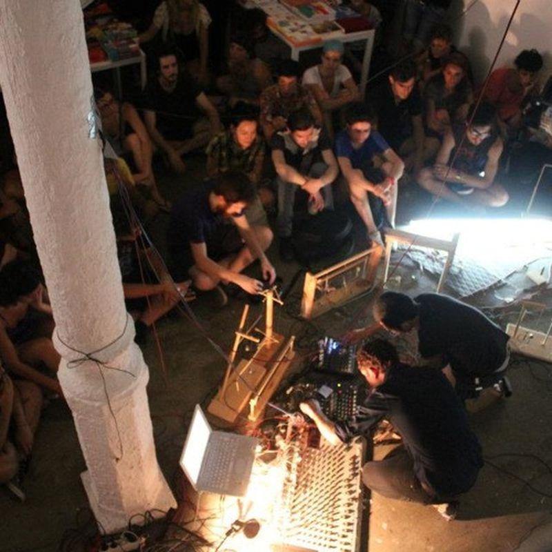 music: Live at MUTT by loloysosaku
