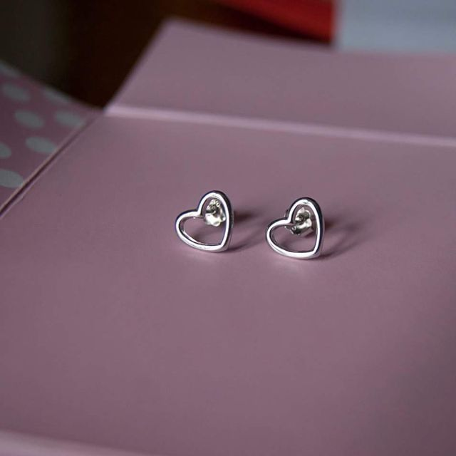image: earrings by miera