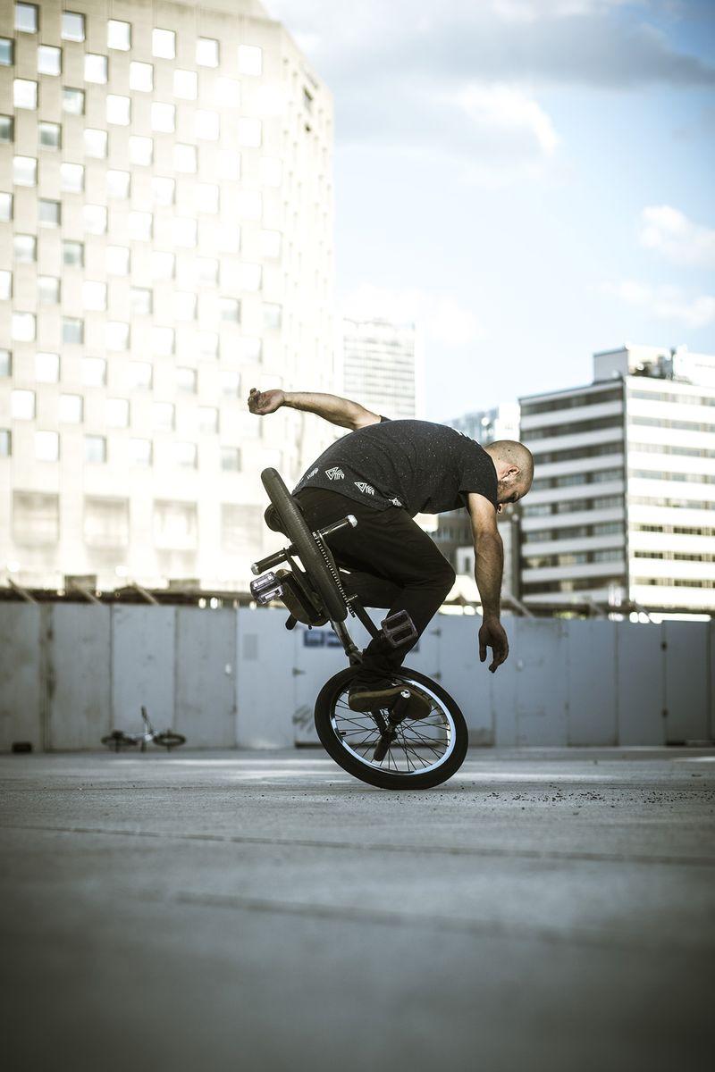 image: Riding in Motreal by alberto_moya