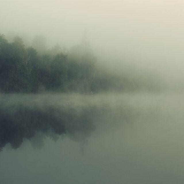 image: Lake Tuve by borjadelgado