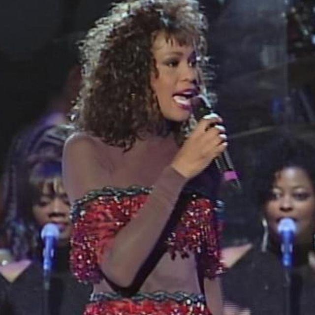 video: Whitney Houston - I'm Every Woman by bsidemagazine