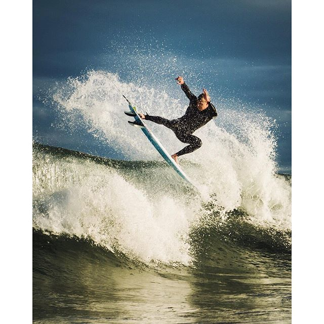 image: Portugal Waves by mickfanning
