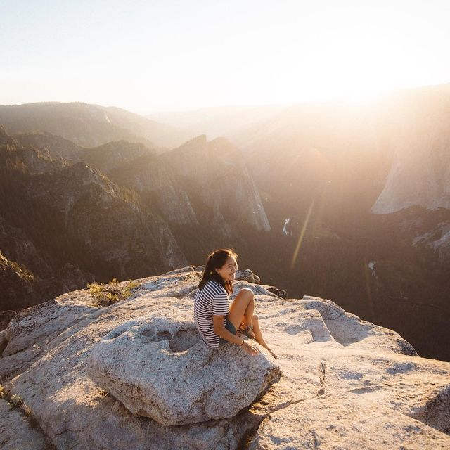 image: Earlier this summer I drove all night and day to see Yosemite. The views were amazing. The people were happy. I would go back. by itsbigben