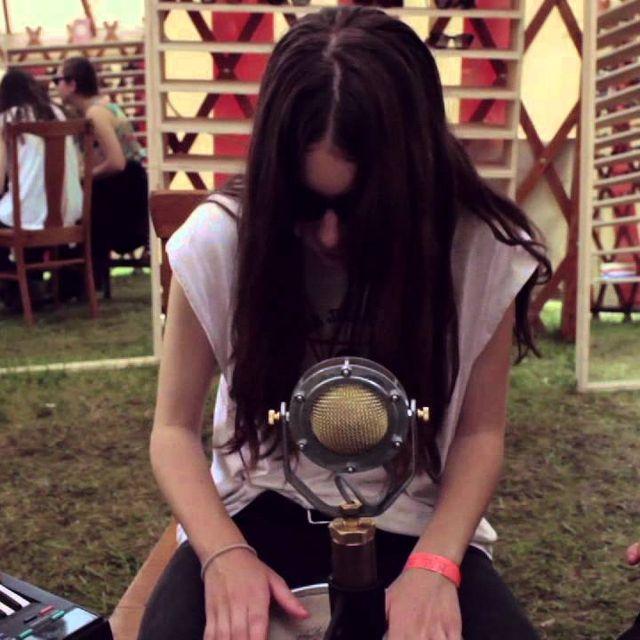 video: HAIM - Go Slow (acoustic) - by begogon