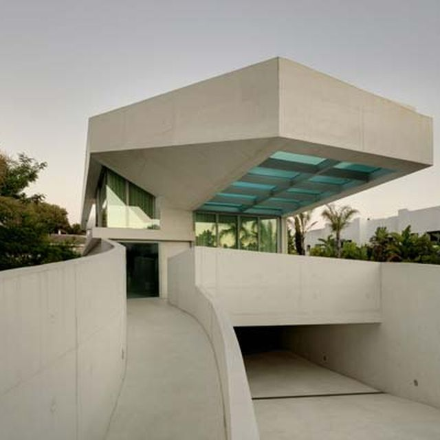 image: Jellyfish House  by Wiel Arets Architects by pattercoolness