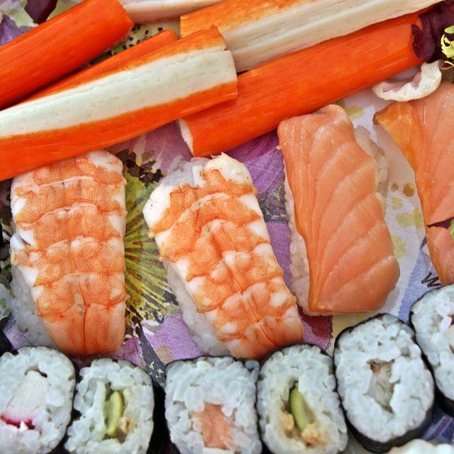 image: sushi by srliberal