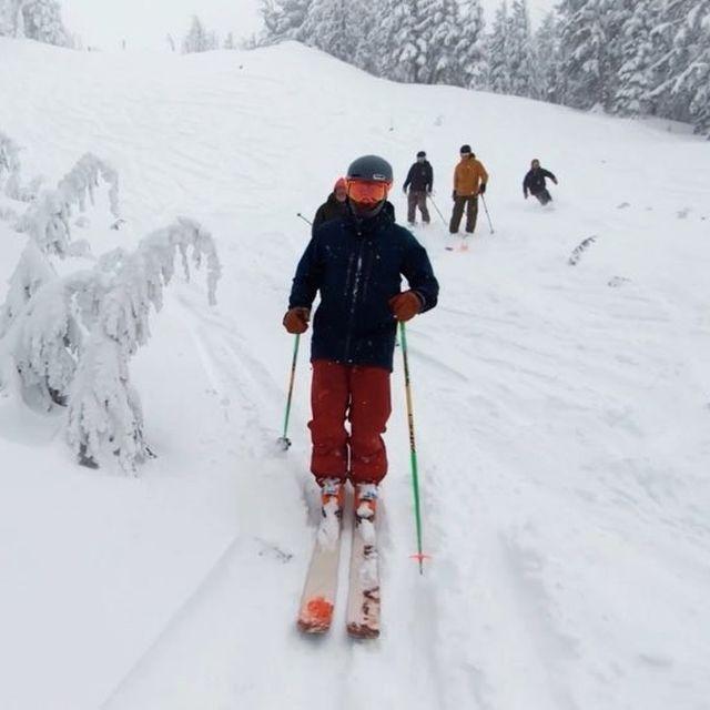 image: MT BACHELOR x POWDER DAY ❄️☃️?Check the link in my bio to watch the full edit on @outsidetv!—skiers: @themindfulskier, @jackbotti, @codyjwinters, @royhamlinmountain: @mtbachelor camera & equipment: @gopro by kyleohlson