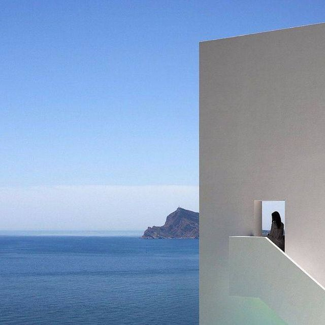 image: Spanish architecture studio @fransilvestrearquitectos designed a monolithic white home which appears to be floating over a steep clifftop overlooking the Mediterranean. See more on iGNANT.com #architecture Photo by #DiegoOpazo by ignant