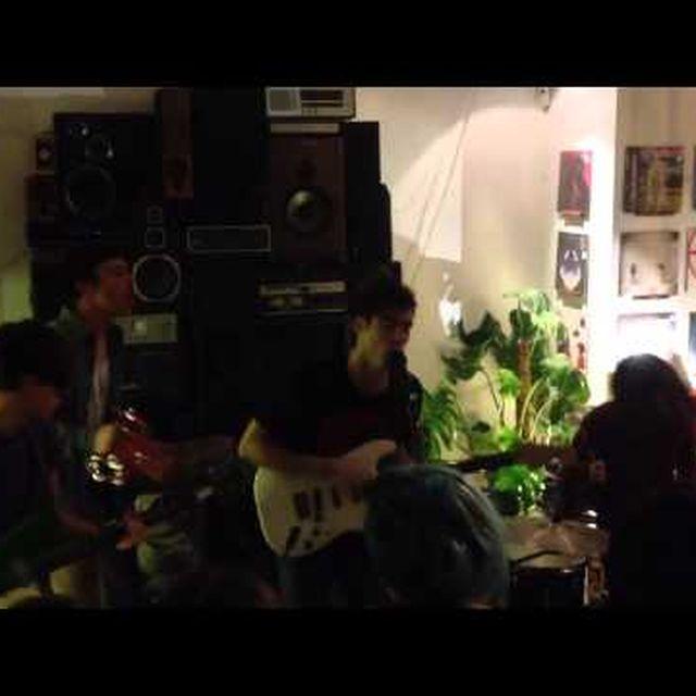 video: Los Nastys Presentando EP en Holy Cuervo by losnastys