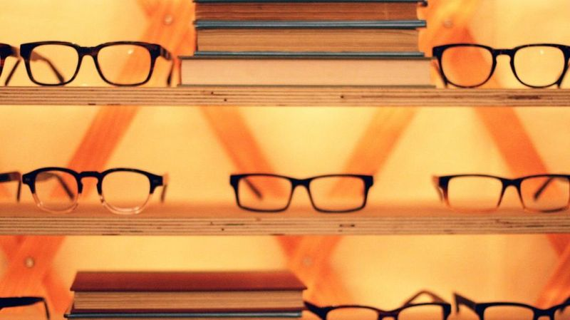 image: Warby Parker Gets More Big-Name Investors In American E by stanis