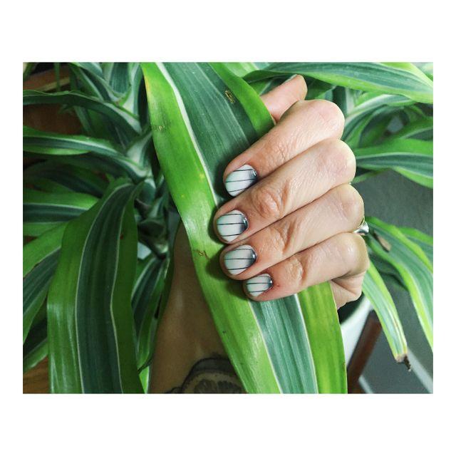 image: Jungle Nails by drumandlace