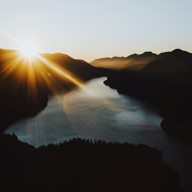 image: That perfect evening glow right over lake Crescent. by cameronleeanderson