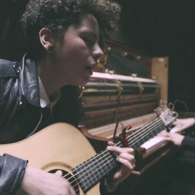 video: 'I Don't Know'  - Burberry Acoustic by avkat