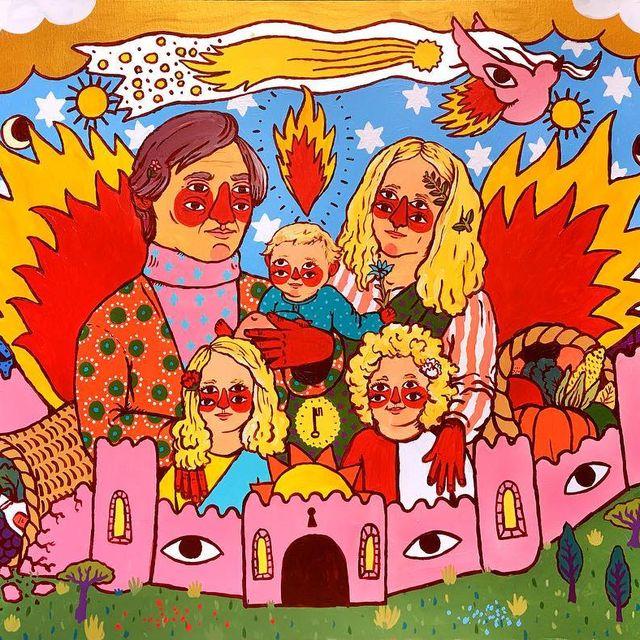 image: Familia en castillo rosa by ricardocavolo1