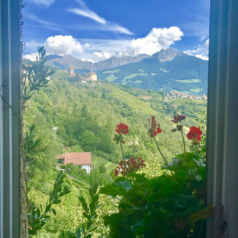 image: #traveling #tirolo #merano #castels #italy by nakadia_music