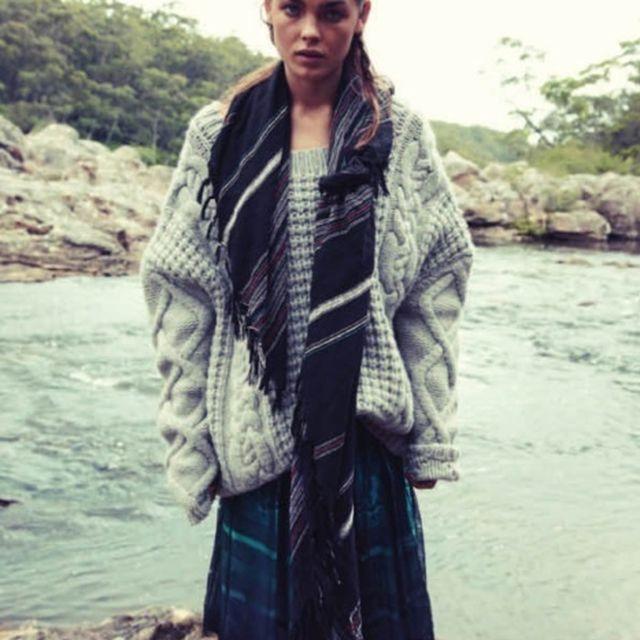 image: knit by unevencarmine